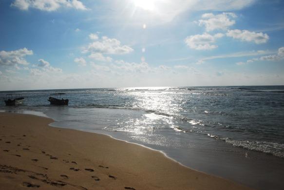 The sea behind Siriniwas, Hikkaduwa. Photograph© Chulie de Silva